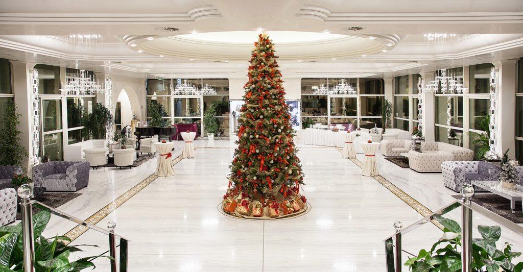 Il lusso, la classe e l'eleganza delle Cene Gourmet al Monnalisa Restaurant del Grand Hotel da Vinci a Cesenatico
